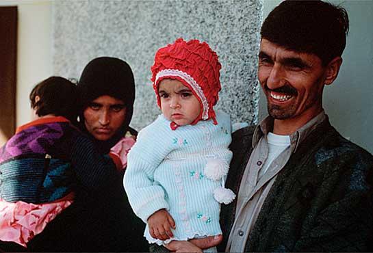 sharbat-gula-chica-afgana-11