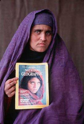 sharbat-gula-chica-afgana-3