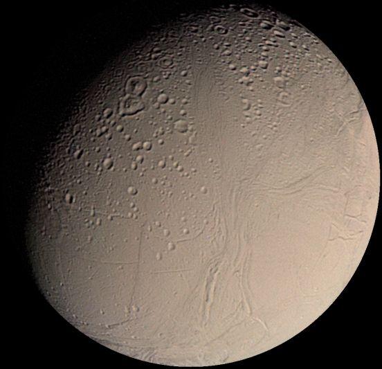 encelado-luna-saturno-1