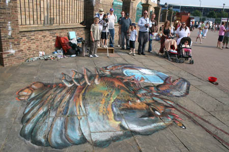 julian-beever-tiza-lobster-wrongview