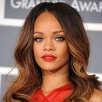 Juego para vestir a Rihanna, la cantante de Umbrella