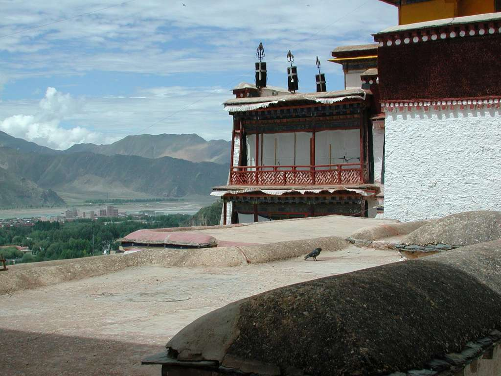 22_some_corner_parts_of_potala