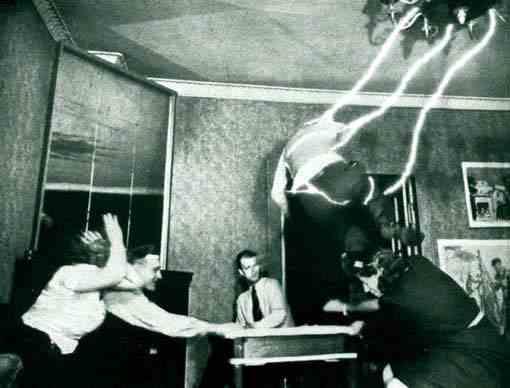tabla-ouija-espiritismo-fantasmas