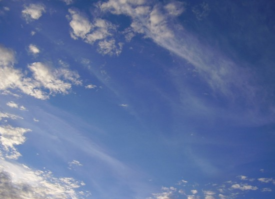 cielo-azul-nubes
