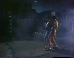 michael-jackson-thriller-video-16