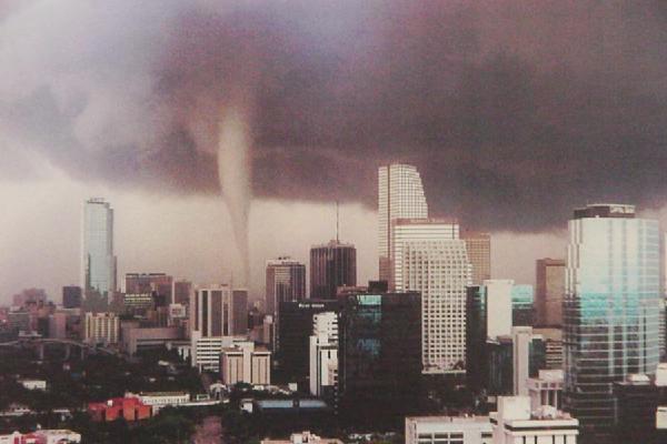 naturaleza tornado miami