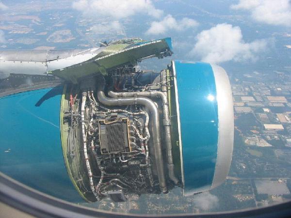 sorprendente imagen avion turbina