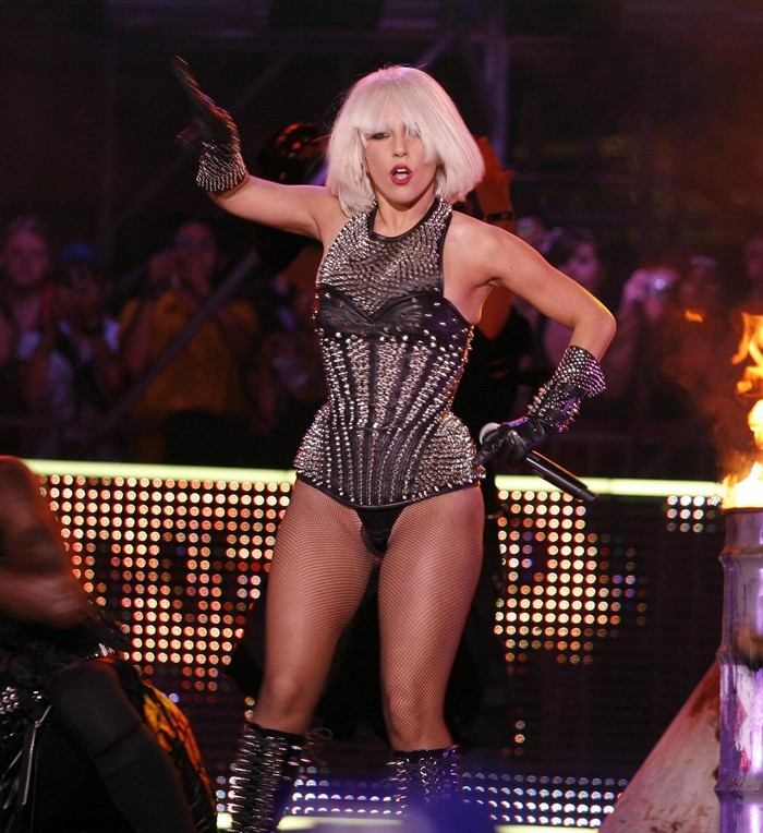lady gaga much music awards face flame-throwing-breasts