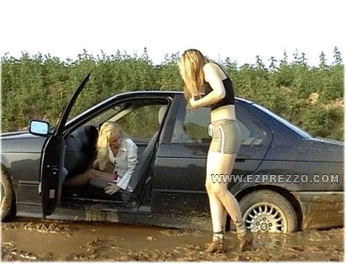 mujer-volante-accidentes-coche-22