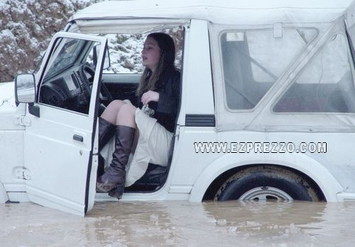 mujer-volante-accidentes-coche-23