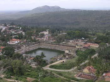 Sri Ranganathaswamy templo india melkote-kunda