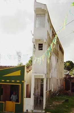 casa-estrecha-3