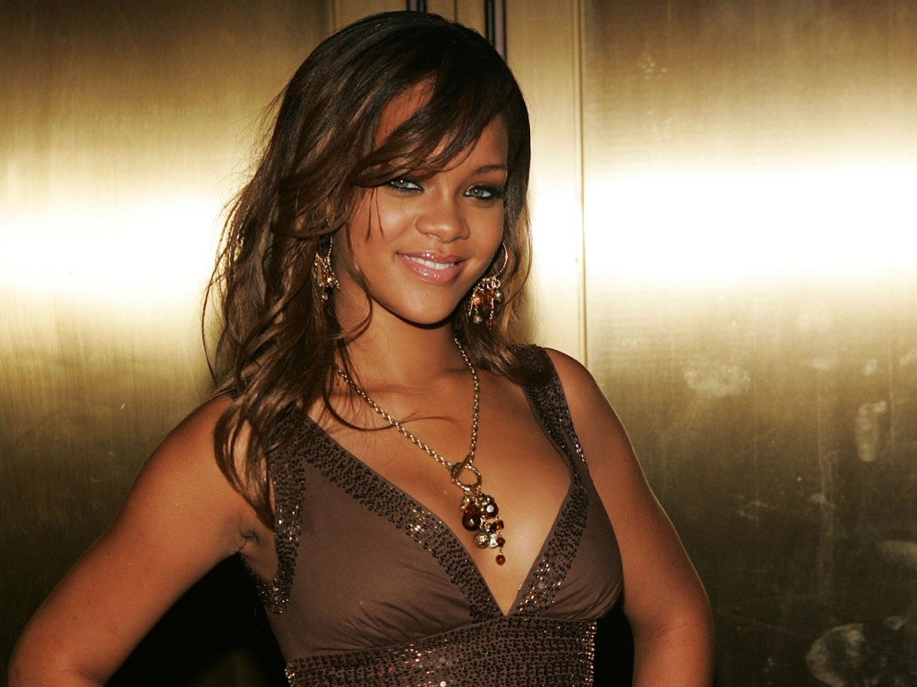 rihanna-pelo-largo-imagenes-fotos-wallpapers-13