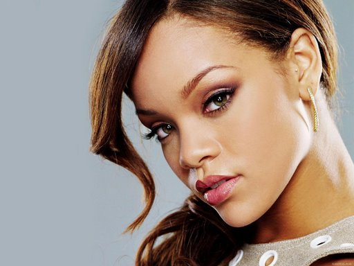 rihanna-pelo-largo-imagenes-fotos-wallpapers-19