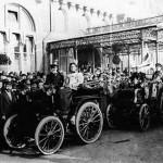 """Los primeros coches iban con """"faro"""""""