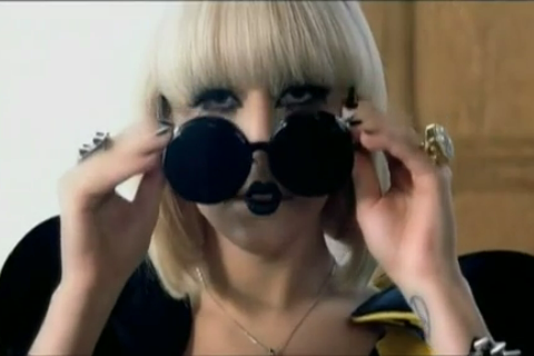 lady-gaga-paparazzi-video-08