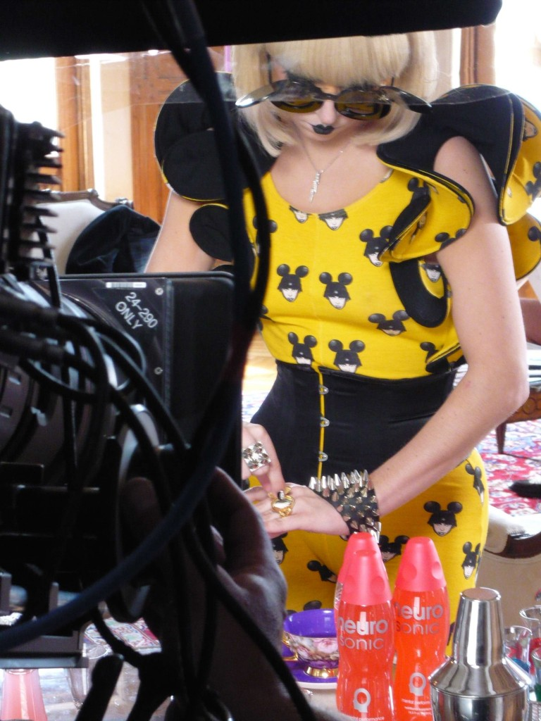 lady-gaga-paparazzi-video-28