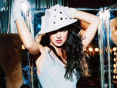 Juego de vestir a la cantante Britney Spears: Stardoll fashion