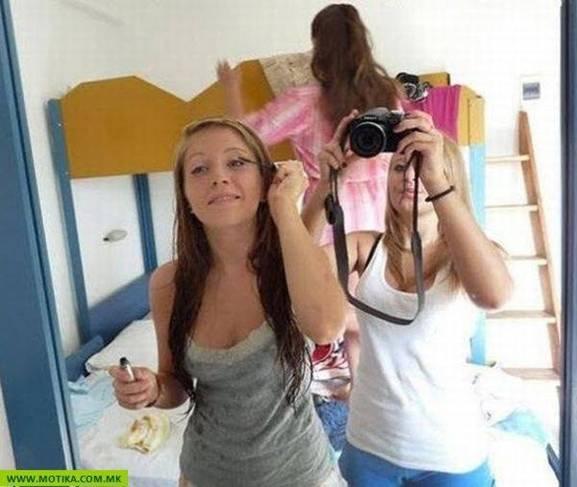 chicas maquillando