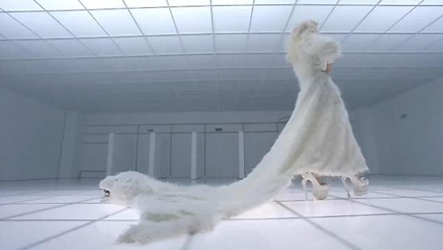 lady-gaga-bad-romance-video