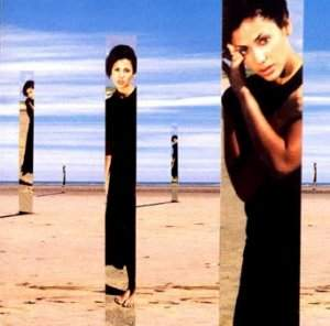 natalie-imbruglia-torn-left-in-the-middle-disco