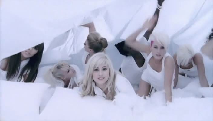 pixie lott mama do video sabanas chicas