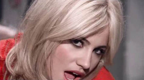 pixie lott mama do video
