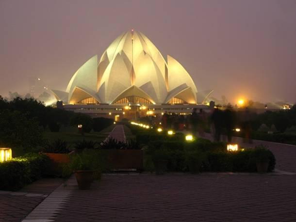 Bahá'í House of Worship Lotus Templo Delhi India