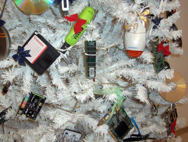 arbol-navidad-gadgets-electronicos-informatica-250