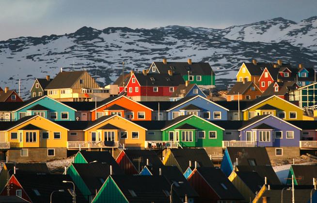 casas groenlandia coloridas color atardecer