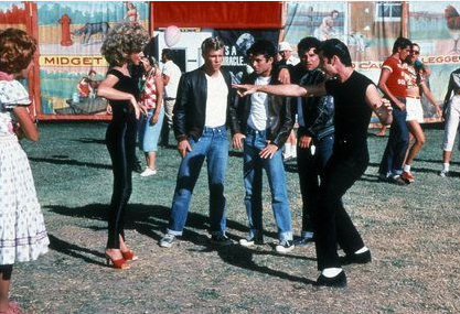 grease-olivia-newton-john-travolta-00