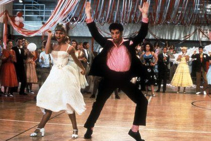 grease-olivia-newton-john-travolta-08