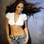 Juego de vestir a Jennifer Lopez