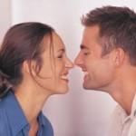 Saludos y besos en diferentes partes del mundo