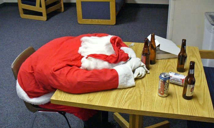 santa claus papa noel borracho alcohol 8