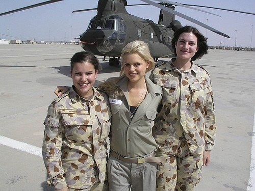 mujeres-militares-mundo-02