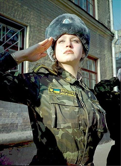 mujeres-militares-mundo-03