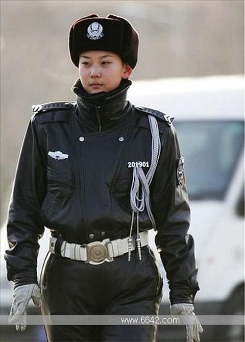 mujeres-militares-mundo-15