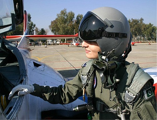 mujeres-militares-mundo-19