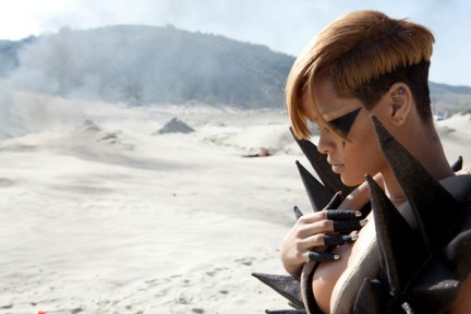 rihanna-hard-video