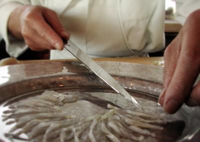 takifugu plato japones cocinero fugu