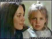 angelina-jolie-joven-young