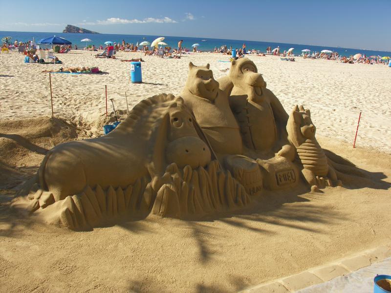benidorm-playa-beach