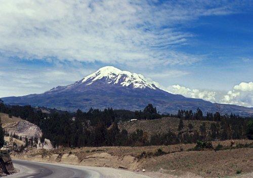 chimborazo-monte-montana-andes