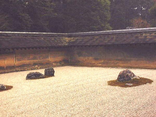 ryoanji-jardin-zen-rocas-grava-japones-japon-01
