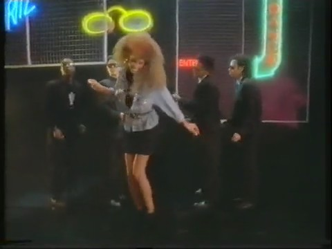 whitney-houson-i-wanna-dance-with-somebody-video