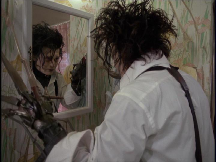 eduardo-manostijeras-edward-scissorhands-espejo