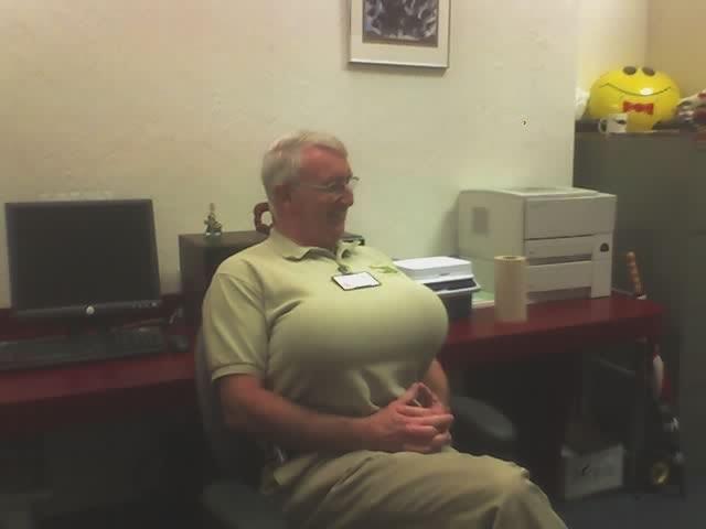 imagenes oficina humor risa pechos globos