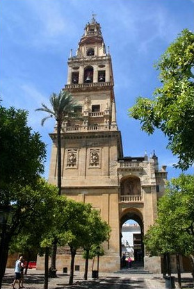 mezquita-cordoba-catedral-torre