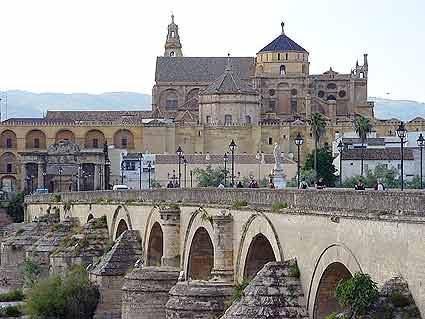 mezquita-cordoba-puente